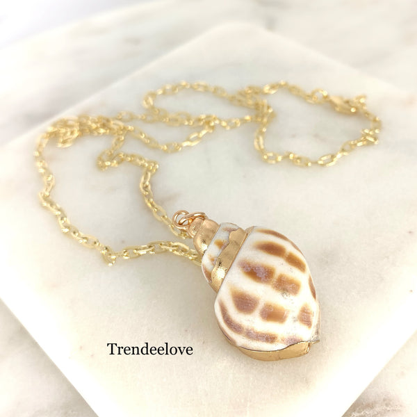Seashell Necklace - White and Brown