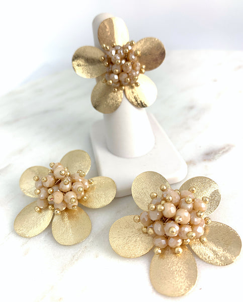 Jasmine Earrings - Cream Crystals