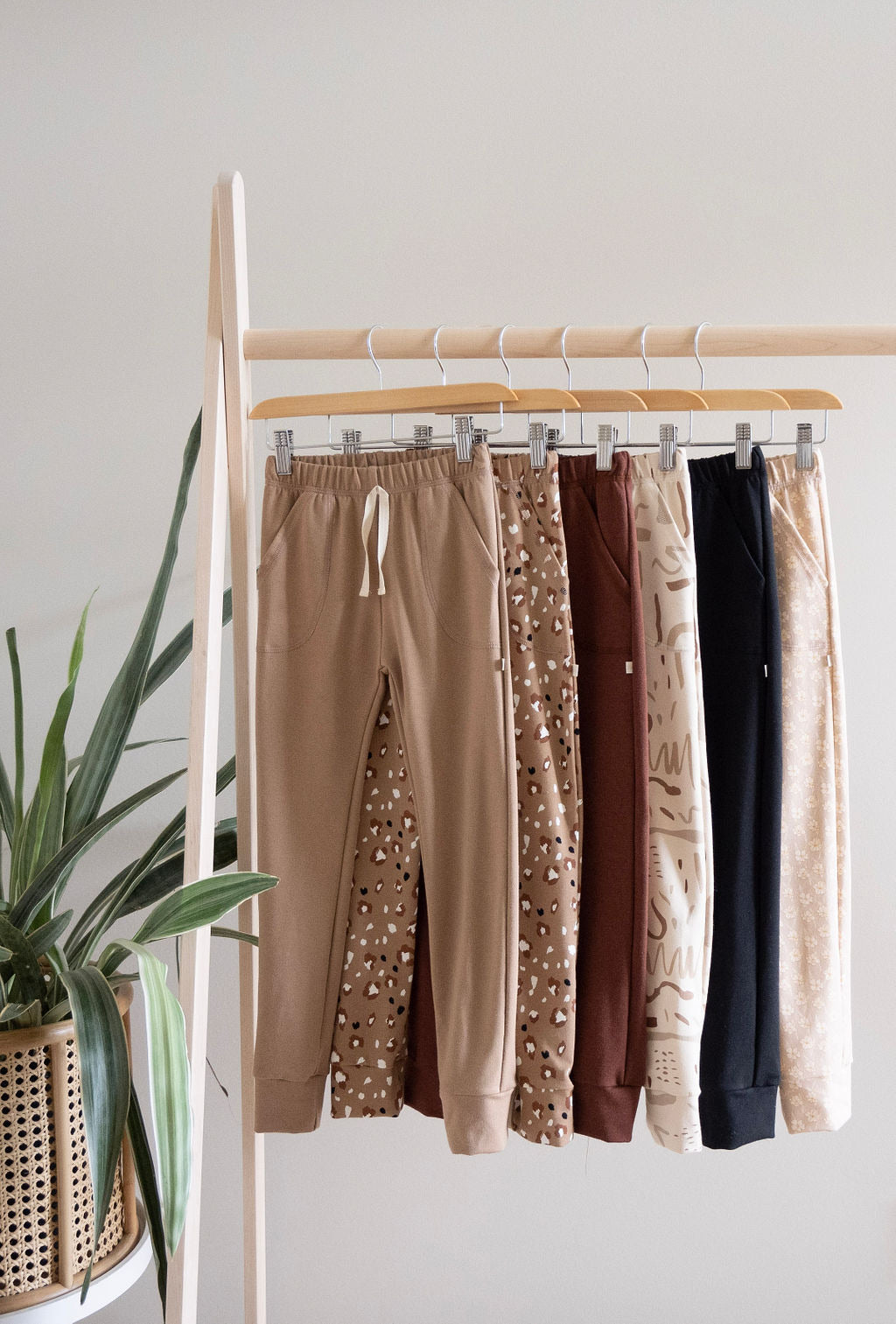 Youth Terry Lounge Pants | Leopard