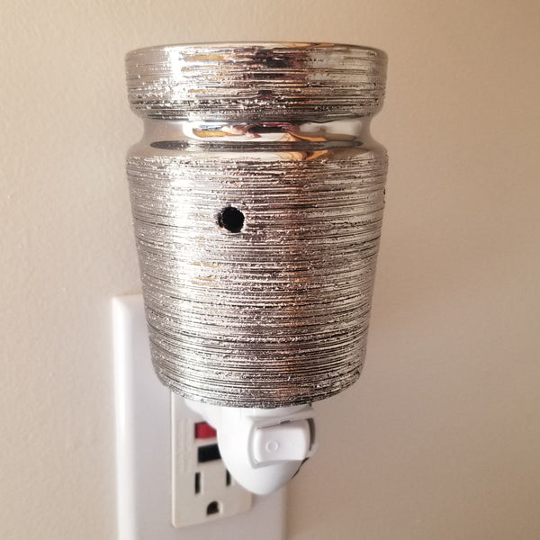 Pluggable Melt Warmer-Brushed Chrome