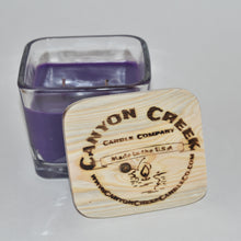Load image into Gallery viewer, French Lilac 9oz jar candle
