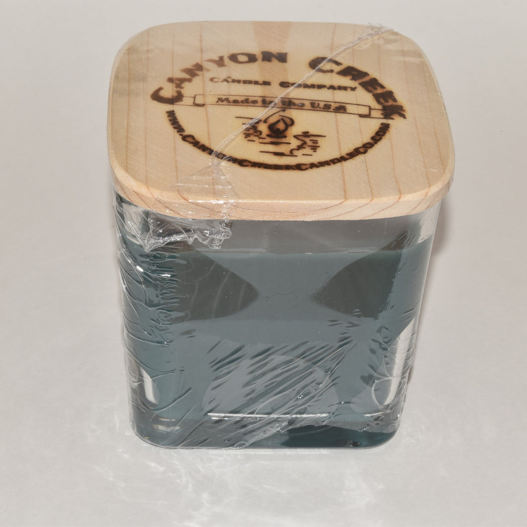 Ocean Breeze 14oz cube jar candle