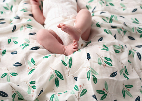 How to choose the right baby swaddle