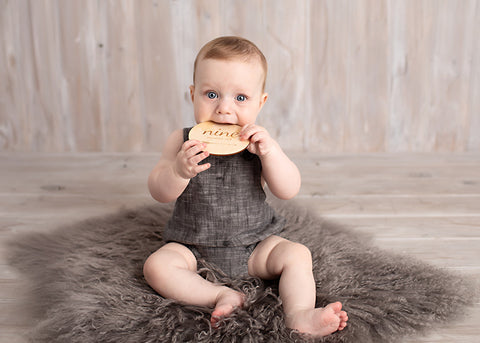 How to take baby milestone pictures