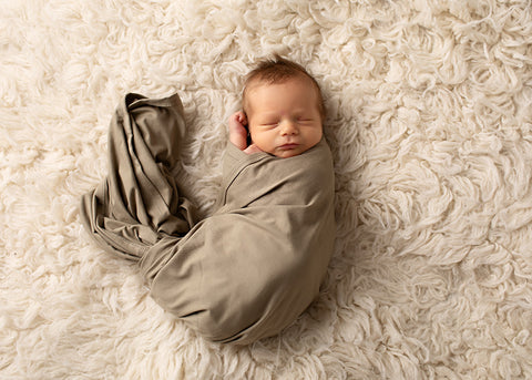 What should baby wear to sleep in winter?
