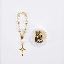 Load image into Gallery viewer, Communion Rosary Favors-Crucifix Pearl Rosary Bracelet With Gift Box.