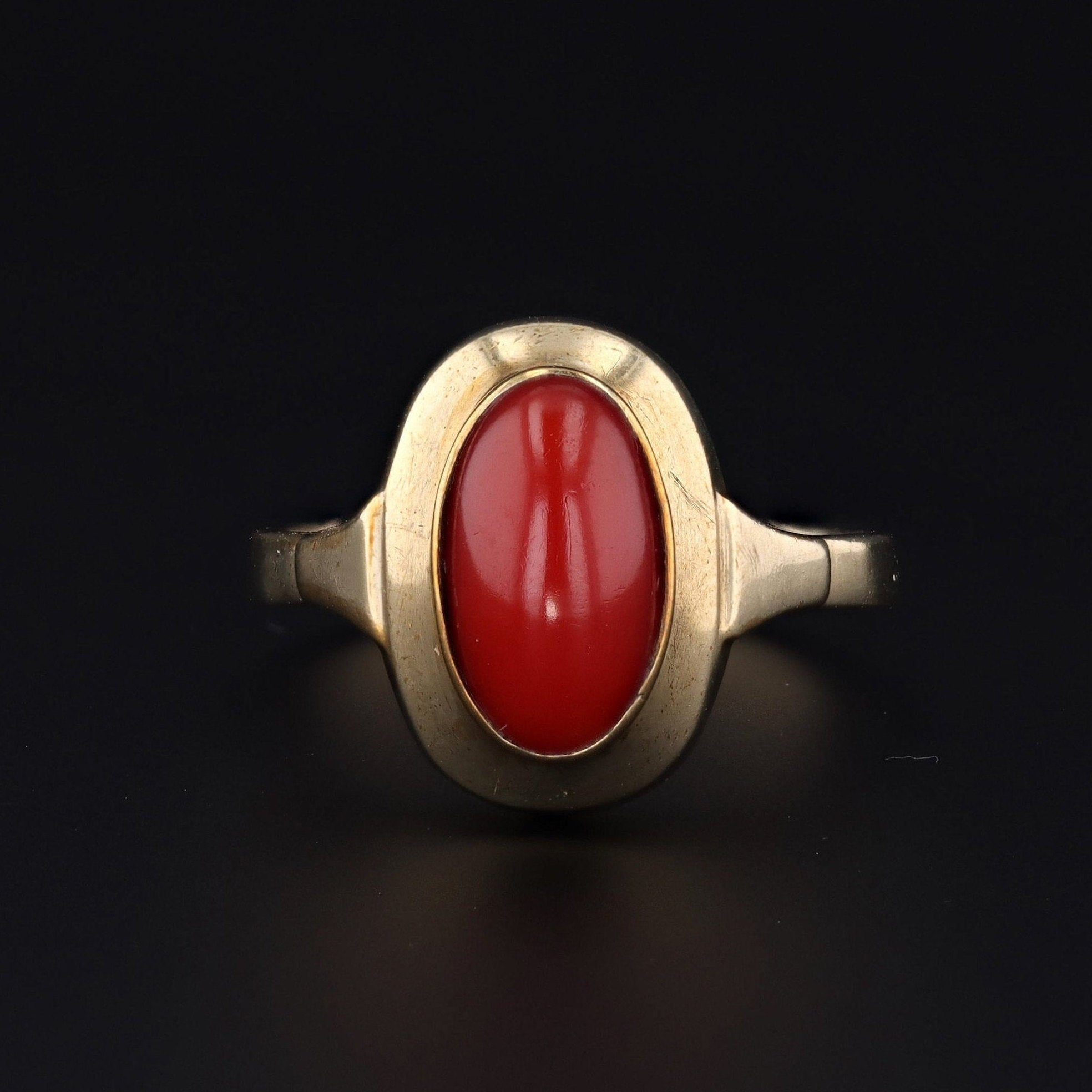 Coral Ring | Vintage Coral Ring | 9ct Gold Coral Ring | Vintage Ring | 9ct Gold Ring