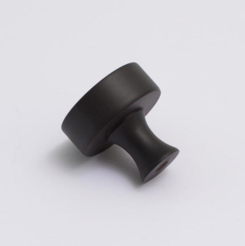 Atticus Knob - Carbon Black