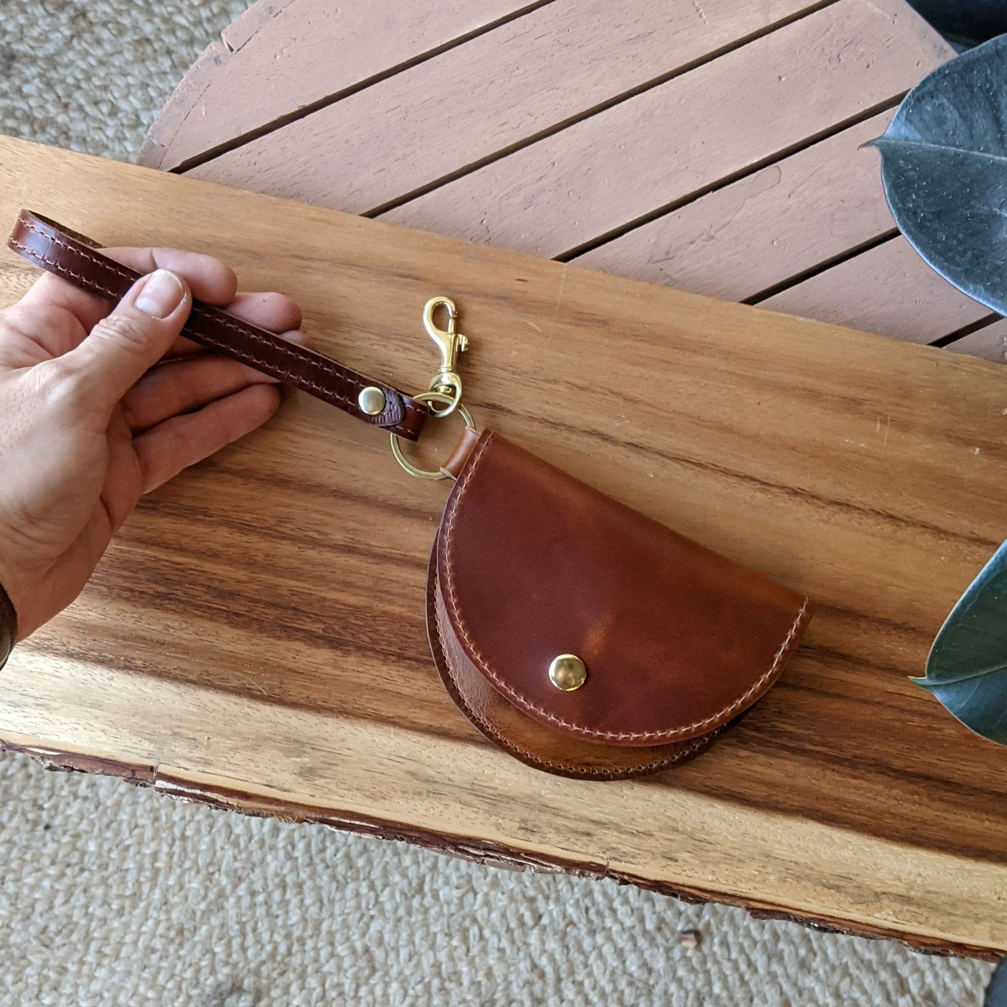Ester Mini Wristlet in Chestnut