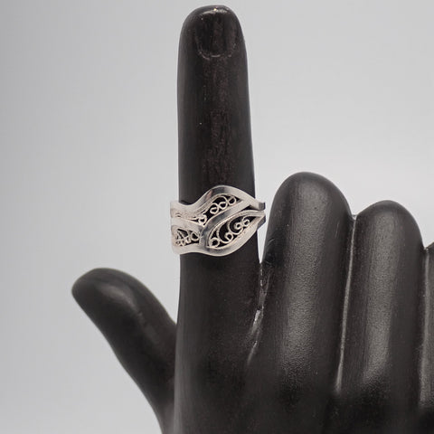 Filigree Ring (size 6.375)