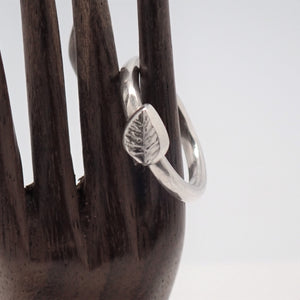 Leaf Ring (size 6.75)