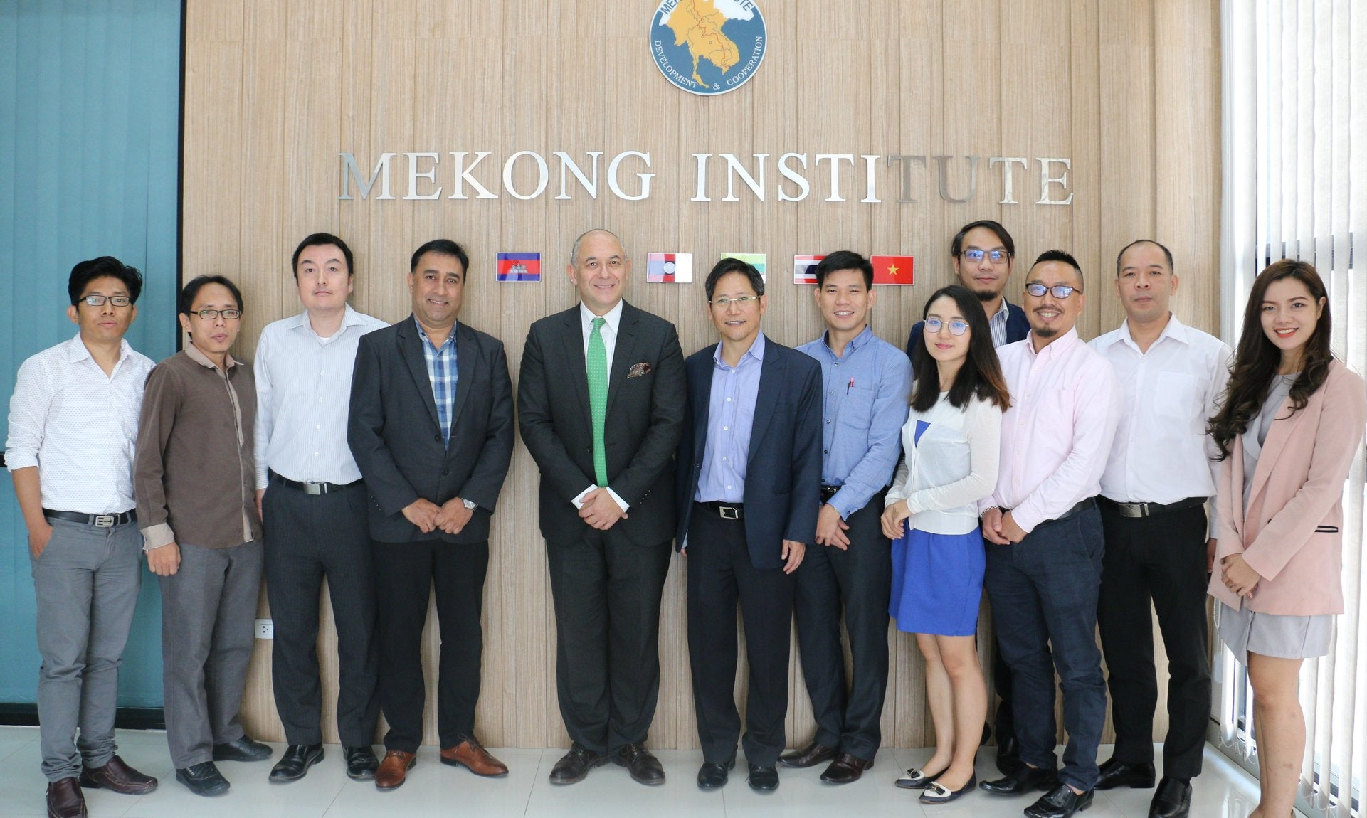 Mekong Institute and EQ Foundation Discuss Cooperation