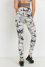Load image into Gallery viewer, Highwaist Palm Tree Leggings