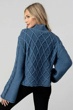 Load image into Gallery viewer, Long Sleeve Cable Knit Sweater