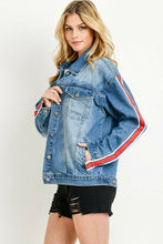 Load image into Gallery viewer, Sleeve Stripe Oversized Jacket