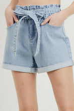 Load image into Gallery viewer, Elastic Waist Cuffed Shorts