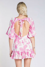 Load image into Gallery viewer, Floral Print Open Back Dress