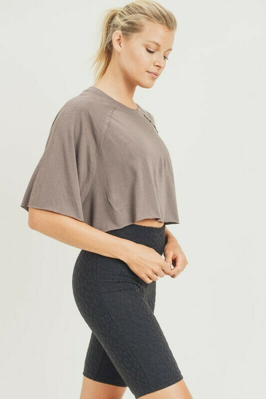 Cropped Raglan Short Sleeve Top