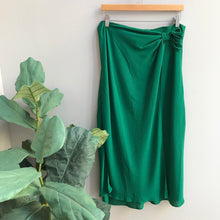 Load image into Gallery viewer, Knot Midi Skirt