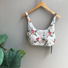 Load image into Gallery viewer, Ikebana Floral Print Sports Bra
