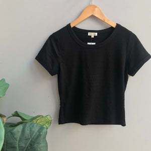 Crew Neck Short Sleeve Top