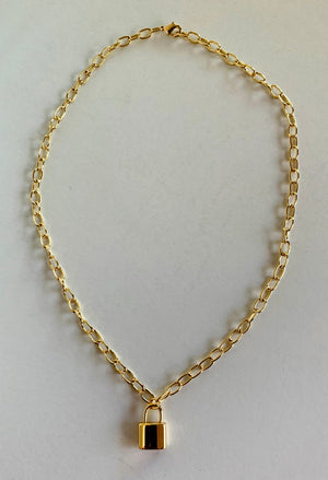 "18k Gold Plated 16"" Necklace w/ Lock Pendant"