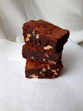 Load image into Gallery viewer, Fudgy Chocolate Brownies