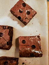 Load image into Gallery viewer, Gluten Free Brownie