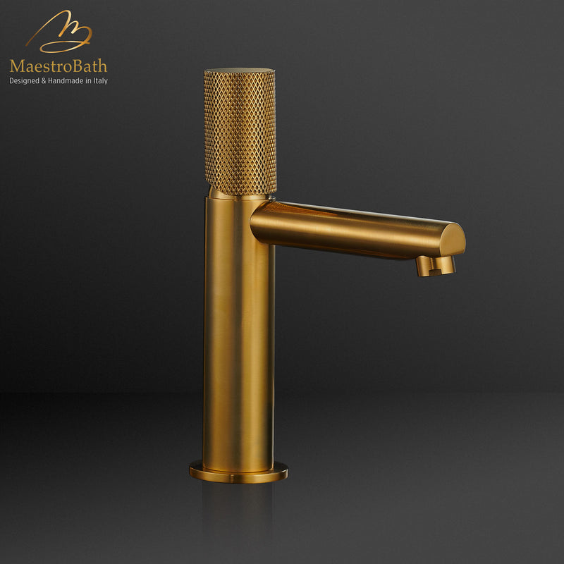 AUX Low Bathroom Faucet | Polished Gold