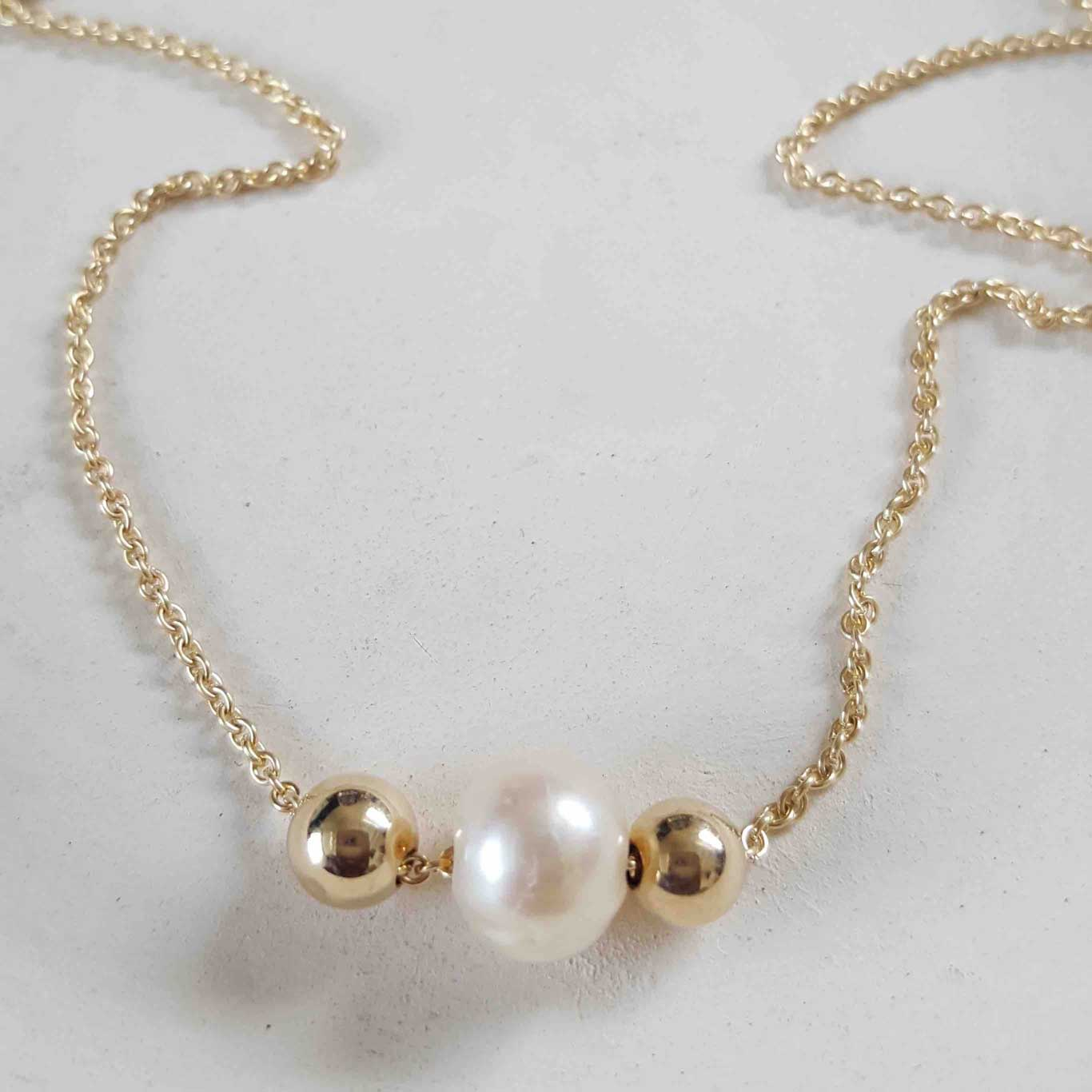 Gold ball necklace | Pearl |Minimalistic collection - Summer Gems
