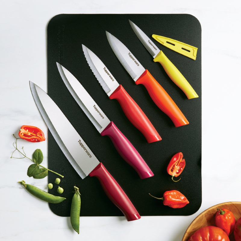 ESSENTIAL CHEF KNIFE