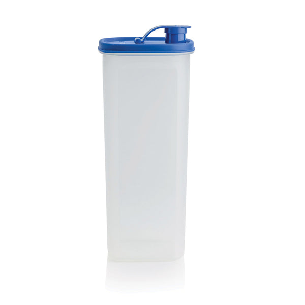 slimline-pitcher-with-strainer