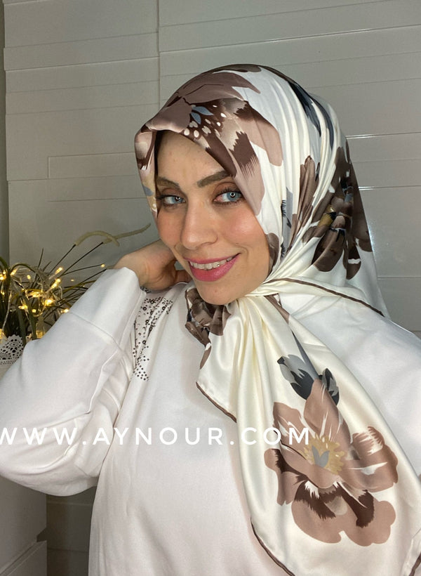 Bieage flower satin squared classy non transparent luxurious fabric Hijab 2021 - Aynour.com