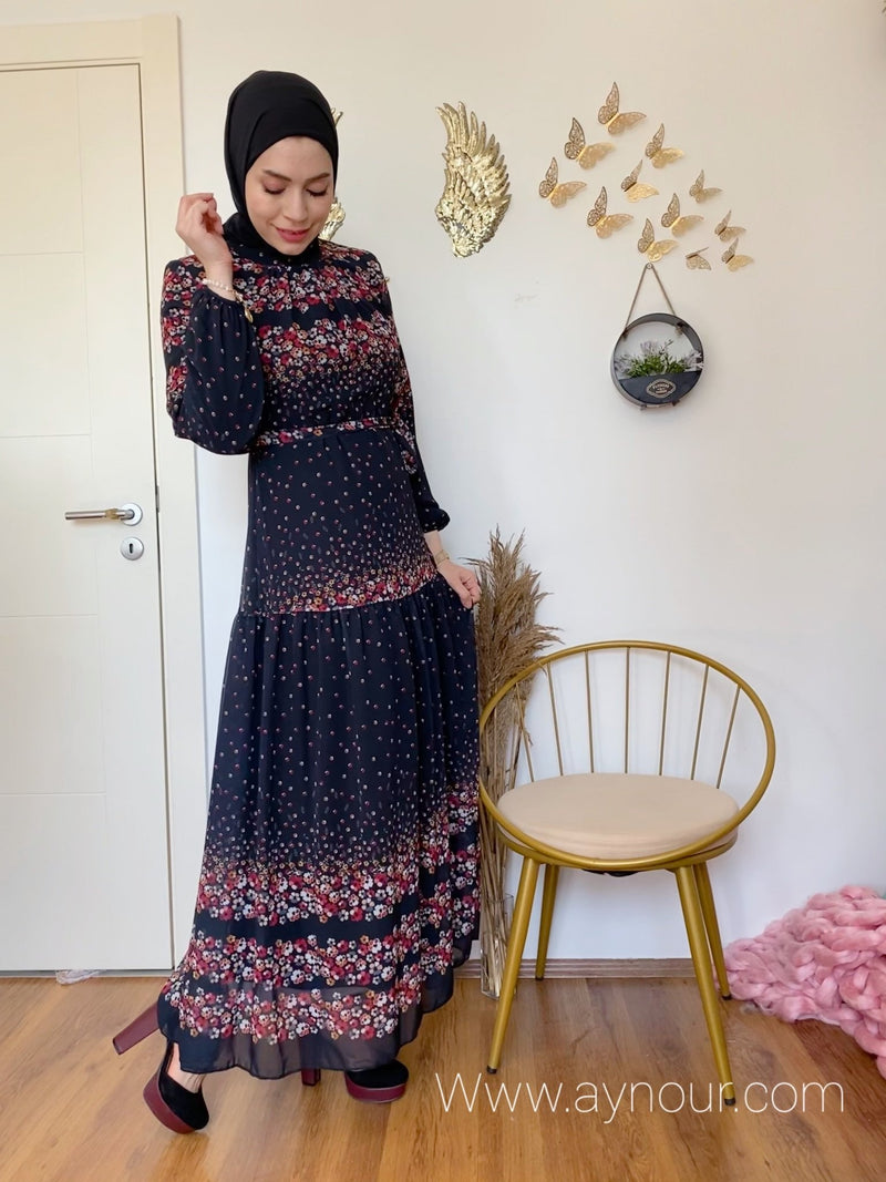 Black love with flowers Modest Dress with belt spring collection 2021 - Aynour.com