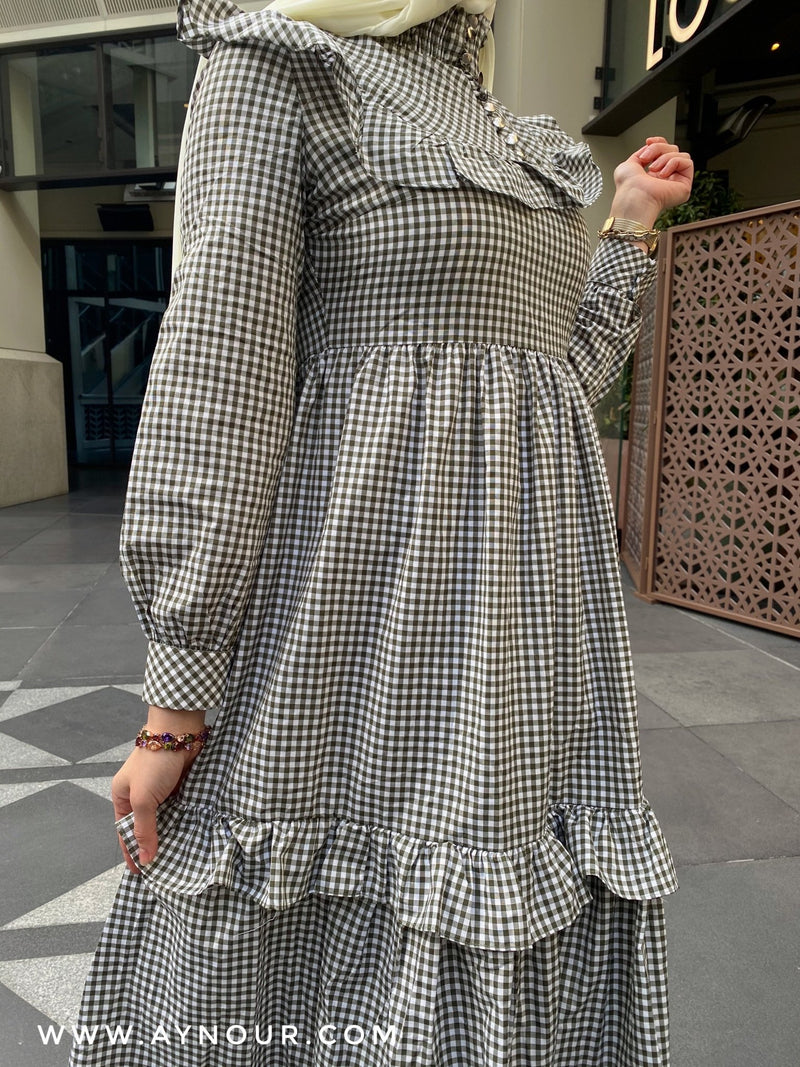 Cute lady mixed white Modest Dress spring collection 2021 - Aynour.com