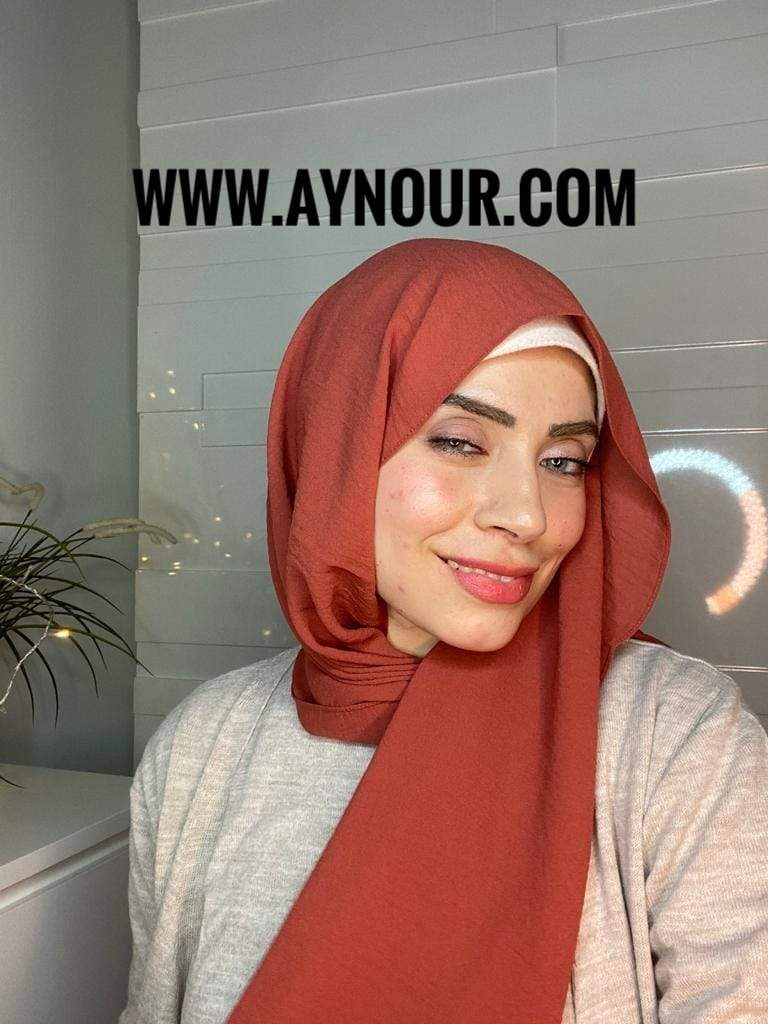 Maroon classy non transparent luxurious fabric Hijab 2021 - Aynour.com