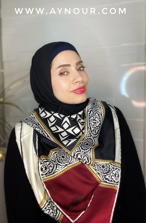 Royal black and red satin squared classy non transparent luxurious fabric Hijab 2021 - Aynour.com