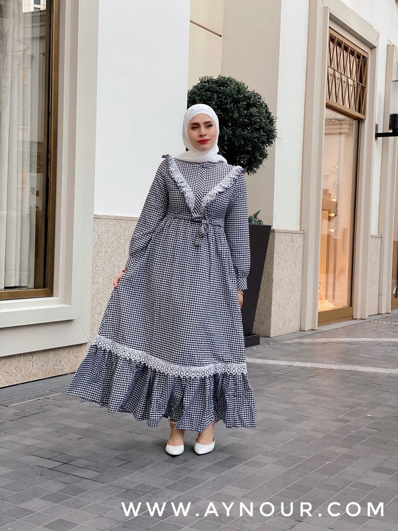 Sweet dreams black and white Modest Dress spring collection 2021 - Aynour.com