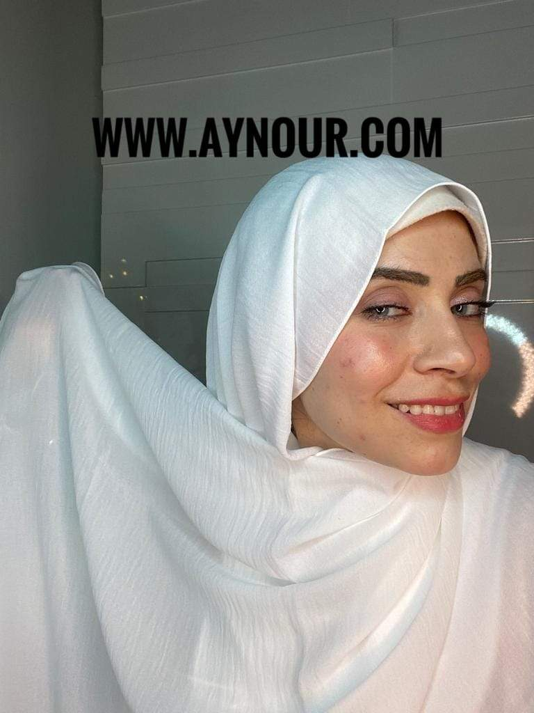 white classy non transparent luxurious fabric Hijab 2021 - Aynour.com