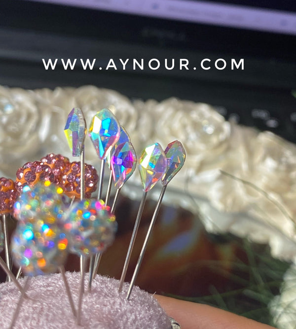 White crystals 3 luxurious basic pins - Aynour.com