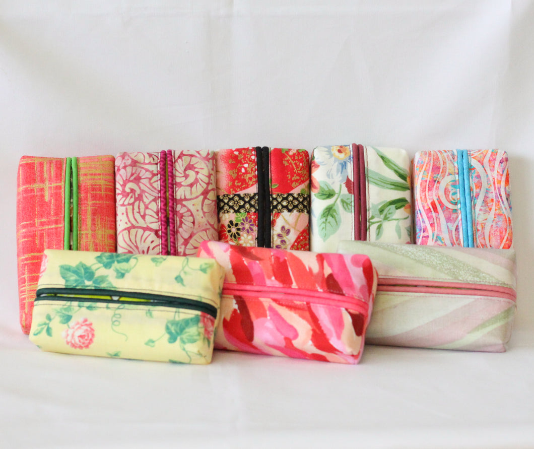 Travel Tissue Covers - Set of 2 - Spring Red and Pink