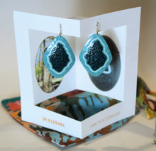 Load image into Gallery viewer, Emu Eggshell Earrings