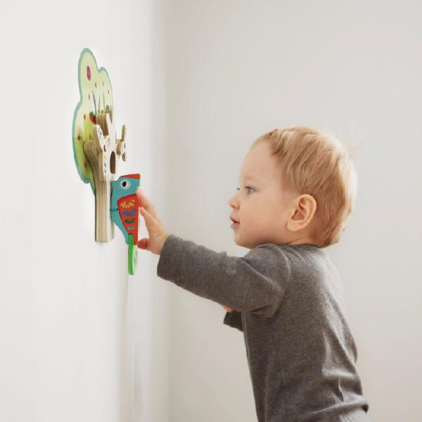 VertiPlay Wall Toy: Busy Woodpecker