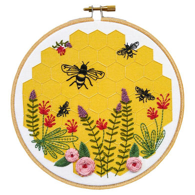 Embroidery Kit Bee Lovely - The Sewing Gallery