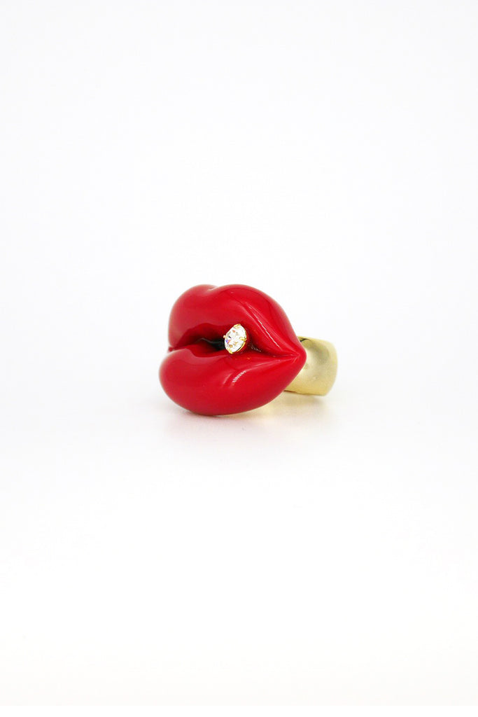 LIPS RING WITH CRYSTAL