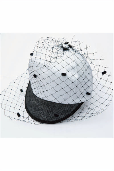 WHITE BASEBALL CAP WITH FLOCKED VEIL