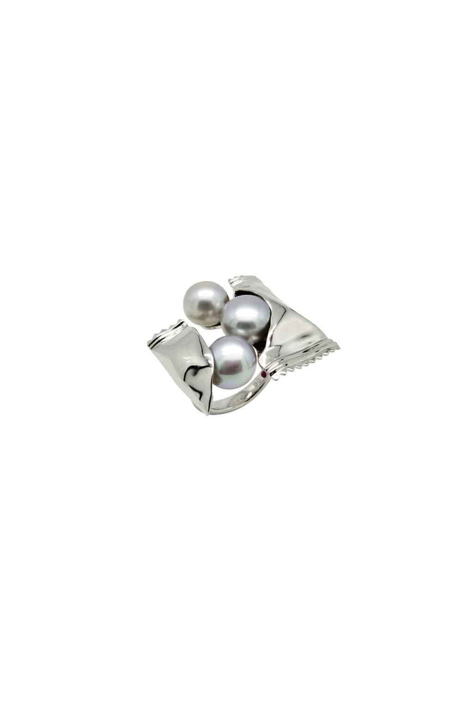 IRRIDISCENT GREY FRESHWATER PEARL SWEETS SILVER RING