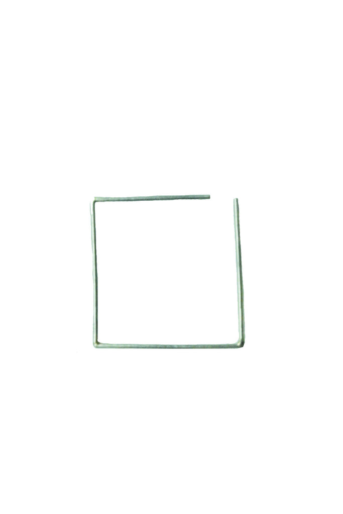 SILVER SQUARE SINGLE EARRING