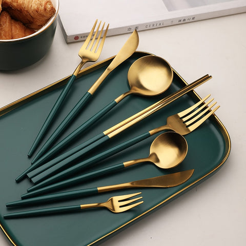 Green-Gold Western Dinner Set