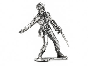 Classic 'Follow Me' M16 Silver Army Man